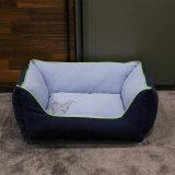 Het nieuwe Vierkante Blauwe Warme Bed van het Huisdier van het Product van het Huisdier van de Winter