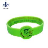 Fascia su ordinazione del silicone di prezzi poco costosi/Wristband di gomma