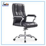 Hoher rückseitiger leitende Stellung-Leder-Schwenker-Stuhl