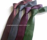 Divers modèles populaires hommes cravate