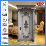 El panel de madera decorativo y puertas del diseño de madera antiguo de la puerta