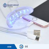 iPhone 2017 del USB y dientes androides del sistema LED que blanquean la luz