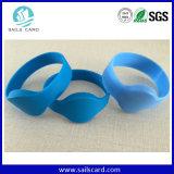 T5577 imperméabilisent le bracelet d'IDENTIFICATION RF de silicones dans Waterspa