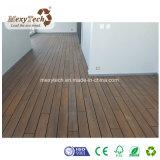 Decking compuesto modificado para requisitos particulares impermeable de la coextrusión del grano de madera WPC del Ce