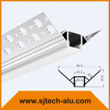 Il profilo di alluminio messo del LED con le flange per il muro a secco all'interno dell'angolo ha montato