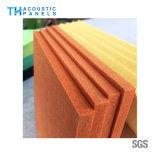 建築材料のポリエステル線維の装飾的な音響の壁パネル/天井板