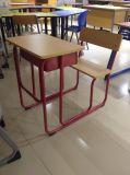 El escritorio combinado y la silla del estudiante de Pupolar para la sala de clase utilizaron (SF-90S)