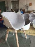 نجادة لفظة إهانة كرسي تثبيت مع ساق طبيعيّ خشبيّة