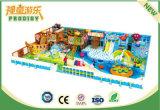 Equipo al aire libre plástico del patio de los niños para el parque de atracciones