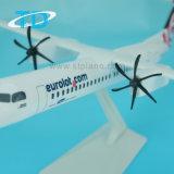 Étalage en plastique d'avion d'échelle d'Eurolot Q400 33cm d'ABS du bombardier Dash-8-400
