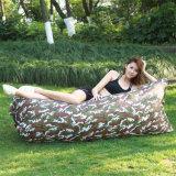 Sofá perezoso plegable rápido al aire libre del bolso de aire del ocioso del sueño de la lugar frecuentada