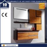 Санитарной шкаф мебели ванной комнаты меламина изделий деревянной установленный стеной