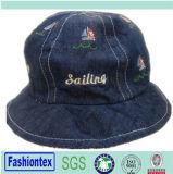 夏はジーンの綿のあや織りの赤ん坊の分割された共同バケツの帽子を刺繍した