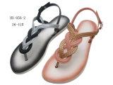 Las últimas señoras zapatillas zapatos y flip-flop sandalias de PVC
