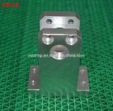 CNC feito personalizado da elevada precisão que faz à máquina a peça do aço inoxidável para a maquinaria