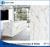 Partie supérieure du comptoir en pierre de cuisine de quartz pour la décoration à la maison avec l'état de GV (Calacatta)