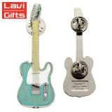 高品質の工場価格カスタム亜鉛合金のギターの折りえりピン
