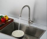 Robinet à levier unique matériel de cuisine d'acier inoxydable