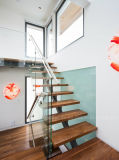 Diseño moderno Herradura escaleras de vidrio con madera maciza de la banda de rodadura de la escalera