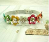 Rhinestone Multicolor pulseras de cuero de PU de Flor Blanca Flor de Rhinestones Cordón joyas (PB-002).