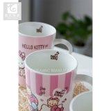 普及したおかしいステッカーの印刷14ozの陶磁器のコーヒー・マグの茶はミルクのマグを襲う