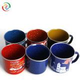 Bulto de encargo de la taza de café del esmalte del borde del acero inoxidable del regalo de la Navidad del regalo de la promoción de la insignia