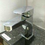 O bronze sanitário padrão australiano dos mercadorias Cromo-Chapeou a torneira do banheiro (HD4801)
