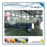 Los gránulos de PVC reciclado de plástico que hace la máquina de la máquina extrusora de doble husillo