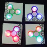 Heißer verkaufenfingerspitze-Gyroskop-Handunruhe-Spinner mit LED