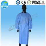 El vestido Eo-Esterilizado o no caliente del aislamiento de la venta/el vestido quirúrgico clasifica libremente
