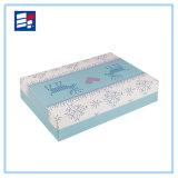 Коробка бумажного картона упаковывая для подарка и показывать