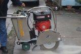 De Gang van Ishikawa van Guangzhou achter Concrete Snijder van de Machine van de Zaag van het Knipsel van de Vloer de Weg Gebruikte met de Beroemde Motor van de Benzine van het Merk