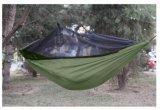 Hamaca que acampa de nylon de Ripstop del paracaídas caliente de las ventas con la red del fallo de funcionamiento