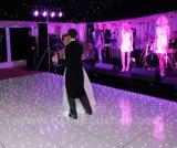 白色光のアクリルのダンス・フロアが付いている6X6mの白のパネル