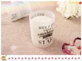 Bougie de cire de soja parfumée au pot de verre givré pour Noël