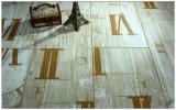 8.3mm HDF Vinyleichen-hölzerner lamellenförmig angeordneter lamellierter Bodenbelag