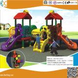 De aantrekkelijke OpenluchtSpeelplaats van de Dia van het Pretpark van de Kinderen van het Ontwerp Nieuwe Plastic