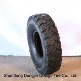 Pneumatico solido della gomma del carrello elevatore superiore all'ingrosso della fabbrica in Cina 825-15