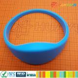 Bracelet de silicones de l'IDENTIFICATION RF NFC du centre de forme physique de STATION THERMALE 13.56MHz NTAG213