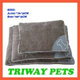 Amortiguador cómodo suave del perro del terciopelo (WY1610131-3A/B)