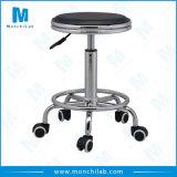 高さの旋回装置および調節可能な様式の実験室の椅子