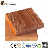 Decking ao ar livre Eco-Friendly da grão de madeira impermeável WPC