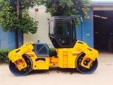 Hydraulische 10 Tonnen-doppelte Trommel-vibrierendrolle für Verkauf (JM810H)