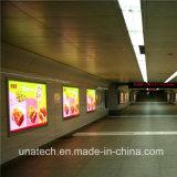 旗のFramelessアルミニウムLEDの広告媒体PPのペーパー表記の地下鉄のライトボックス