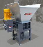 Bovenkant die Weste Banden/Soild voeden de Plastic/Houten Ontvezelmachine van Twee Schacht