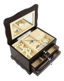 Jóia do revestimento Matte de Handicrafted & caixa de música de madeira