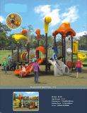 Vergnügungspark-Kind-im Freienspielplatz-Gerät