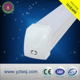 Parentesi dell'alloggiamento LED del tubo del materiale T5 LED del PC del PVC