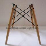 La jambe de bois de hêtre Eames Président avec le fil de base de radar