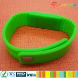 À haute fréquence imperméable à l'eau MIFARE de 13.56MHz ISO1443A plus le bracelet de silicones d'IDENTIFICATION RF de S 2K